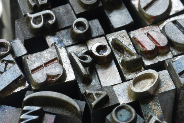 Letterpress metal type