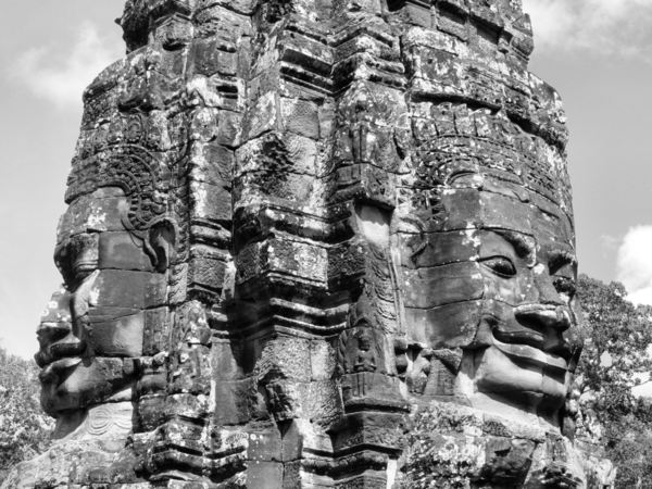 ancient angkor faces5