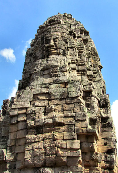 ancient angkor faces17