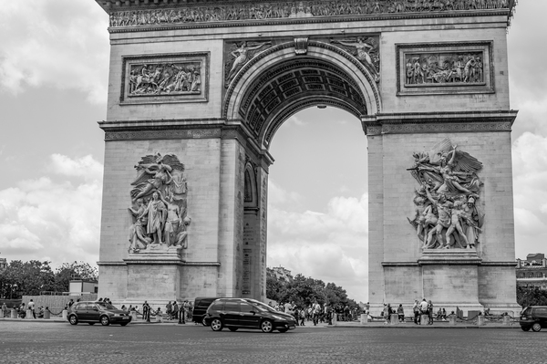 Arc De Triomphe in Paris 1
