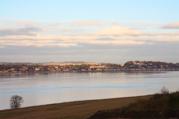 Broughty Ferry over Tay