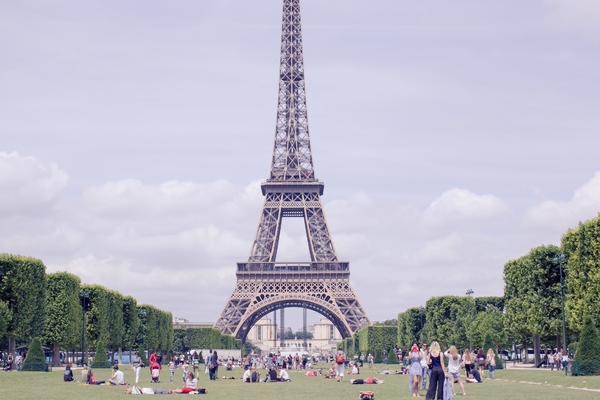 Eiffel Tower 1: Photo of Eiffel Tower in Paris