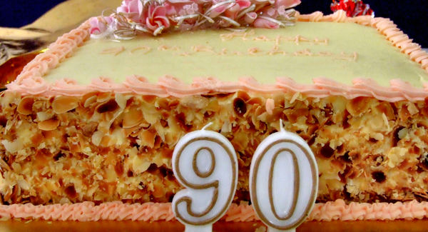 90th birthday cake2b