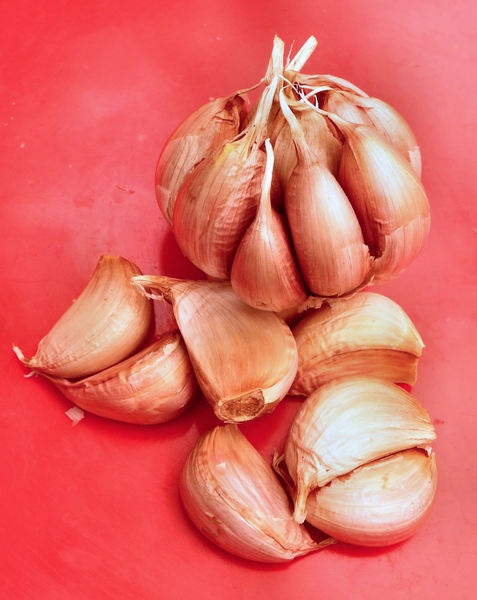 garlic cloves2