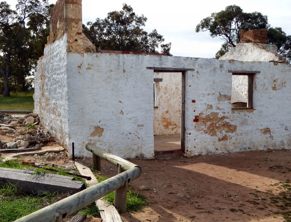 remains of settlers' cottage7
