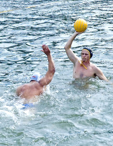 "Waterpolo 4: Please use credit ""Photo: www.2heads.co.za"" and I'll keep sharing!  :-)"