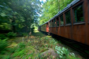 Old train: no description