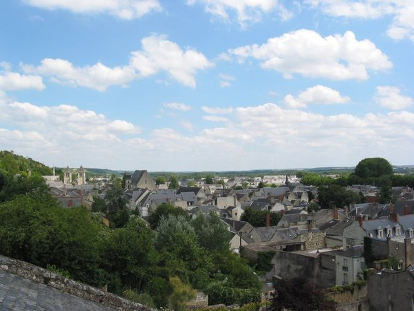 Chinon: city of Chinon in French