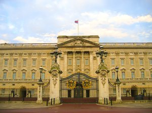 buckingham palace gate: buckingham palace gate