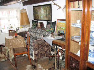old living room: old living room in the smallest house in Wernigerode, Germany (built in 1792)