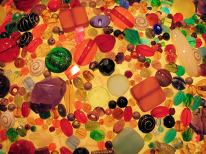 colourful glass pearls: colourful glass pearls