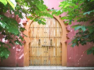 decorative oriental door: decorative oriental door