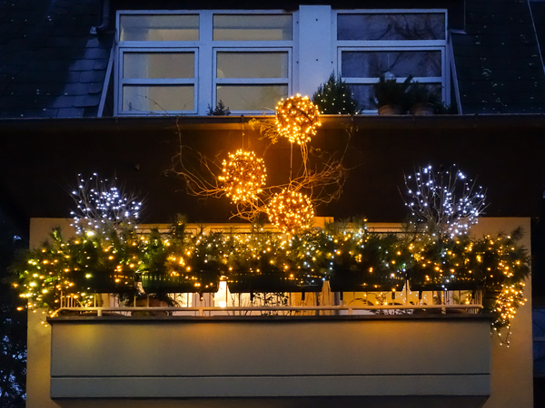 christmas balcony: christmas balcony