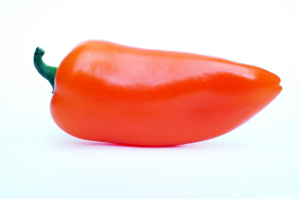 A sweet pepper.: Those peppers are sweet to eat ... not hot at all!