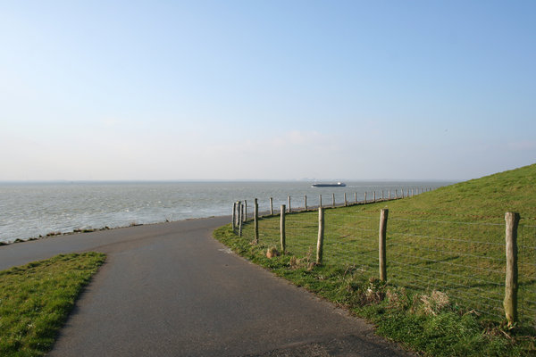 sea dike: sea dike in Holland