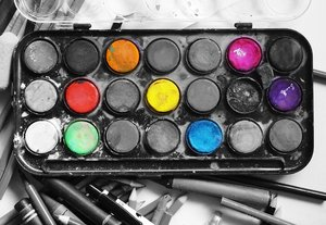paints: Watercolor paint set