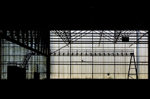 Abandoned industrial hall: Light coming in in an abandoned industrial complex