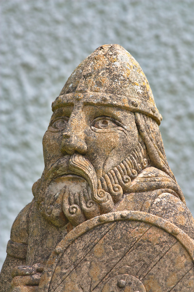 Viking warrior statue: Viking warrior garden statue!