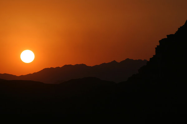 sunset in the desert 3: sunset in the jordan's desert