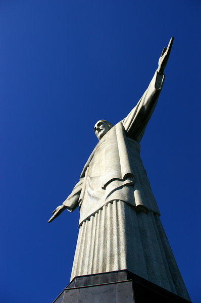 Rio de Janeiro - Christ the Re: Christ the Redeemer, is a major frequency of tourists from around the world, located in Rio de Janeiro, Brazil