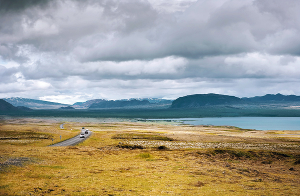 Lonely road: Road in Iceland