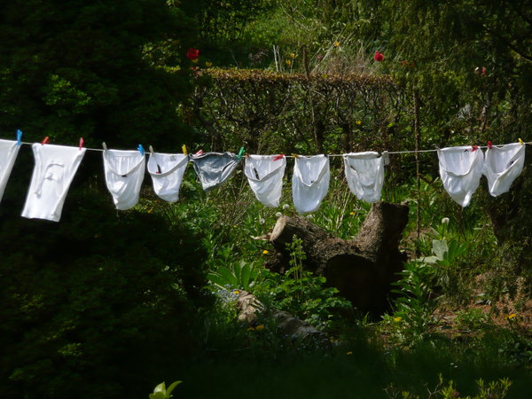 Laundry: Drying clothes