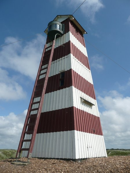 Lighthouse 2: Wooden lighthouse in classic colors.