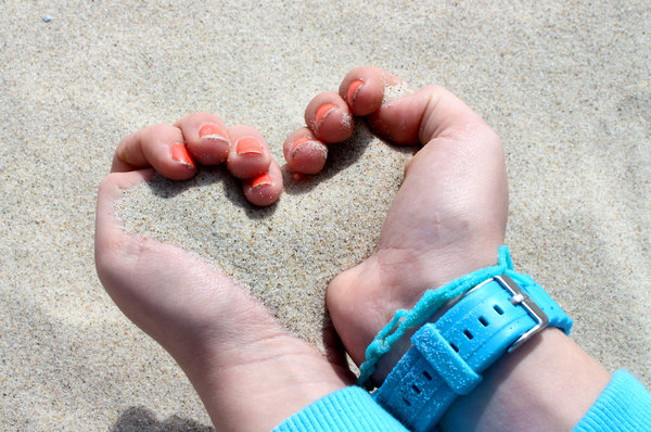 Sand: Sand, hands, summer, girl, holiday