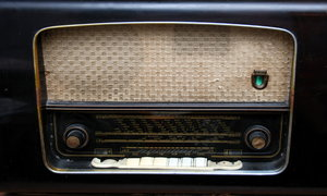 Old time radio: Face of old radio