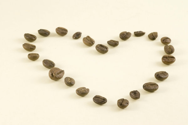 Coffee heart 1: Shape of heart with coffee beans