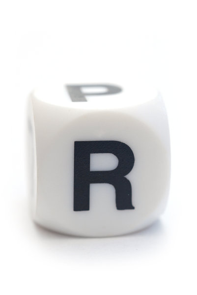 Letter R on the dice: Character on the cube
