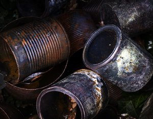 rust: rusty cans