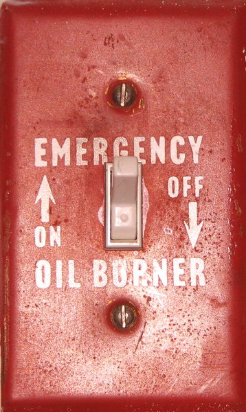 Emergency switch: emergency oil burner switch