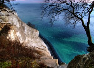 Cliff - HDR: 110 meters above sealevel on a cliff of chalk.