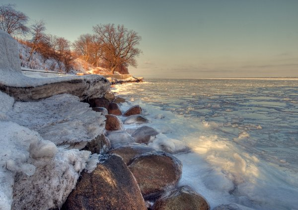 Icy coast - HDR: A piece of coast with icy waters. The picture is HDR using 7 images.