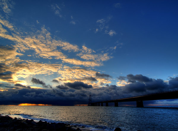 Bridge - HDR: Novemberweather with ocean, bridge and clouds