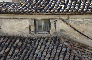 old building roof: old building roof