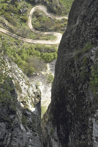 snake road: snake road viewed from spileo, grevena rocks