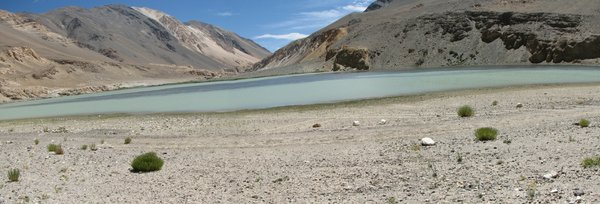 Travel in the Himalayas: Himalayas - mesmerizing mountains, blue skies, and lakes of varied hues!
