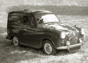 Vintage car in black and white: Vintage car from 1950s in B&W