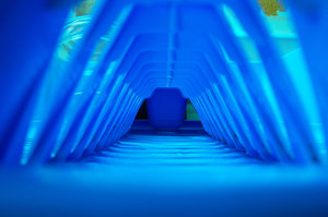 Blue tunel: No description