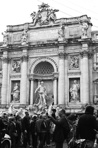 Trevi Fountain In Rome 2: Photo of trevi fountain in Rome