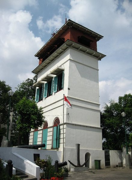 Watch Tower: Syahbandar Tower. This 18 meters tall building is situated about 50 meters from the Maritime Museum and was a watch tower that acted as a signal box and observation post since 1839 over the roads of Batavia. The tower lost its function after 1886 when the