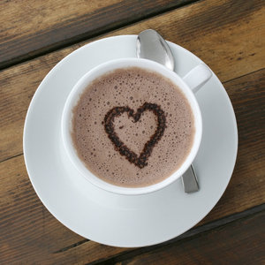 Hot chocolate heart:
