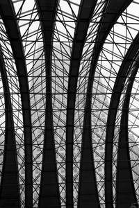 Railway station roof B/W: B/W of the roof of the Docklands Light Railway station at Canary Wharf, London, England.