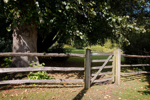 Garden gate: A gate to a garden in Kent, England, in early autumn.