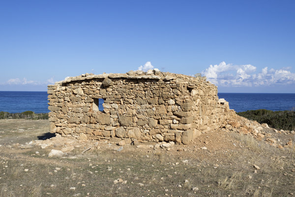 Ruined cottage: Ruins in northern Cyprus.