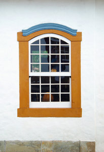 > Window 2: Janela em Tiradentes, MG, BrasilWindow in Tiradentes, MG, Brazil
