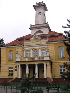 Municipality in Otwock: A municipality building in Otwock.
