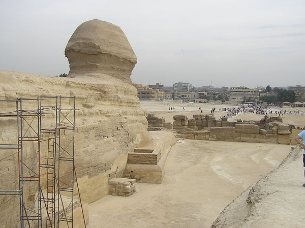 Great Sphinx of Giza: World-famous Spinx.